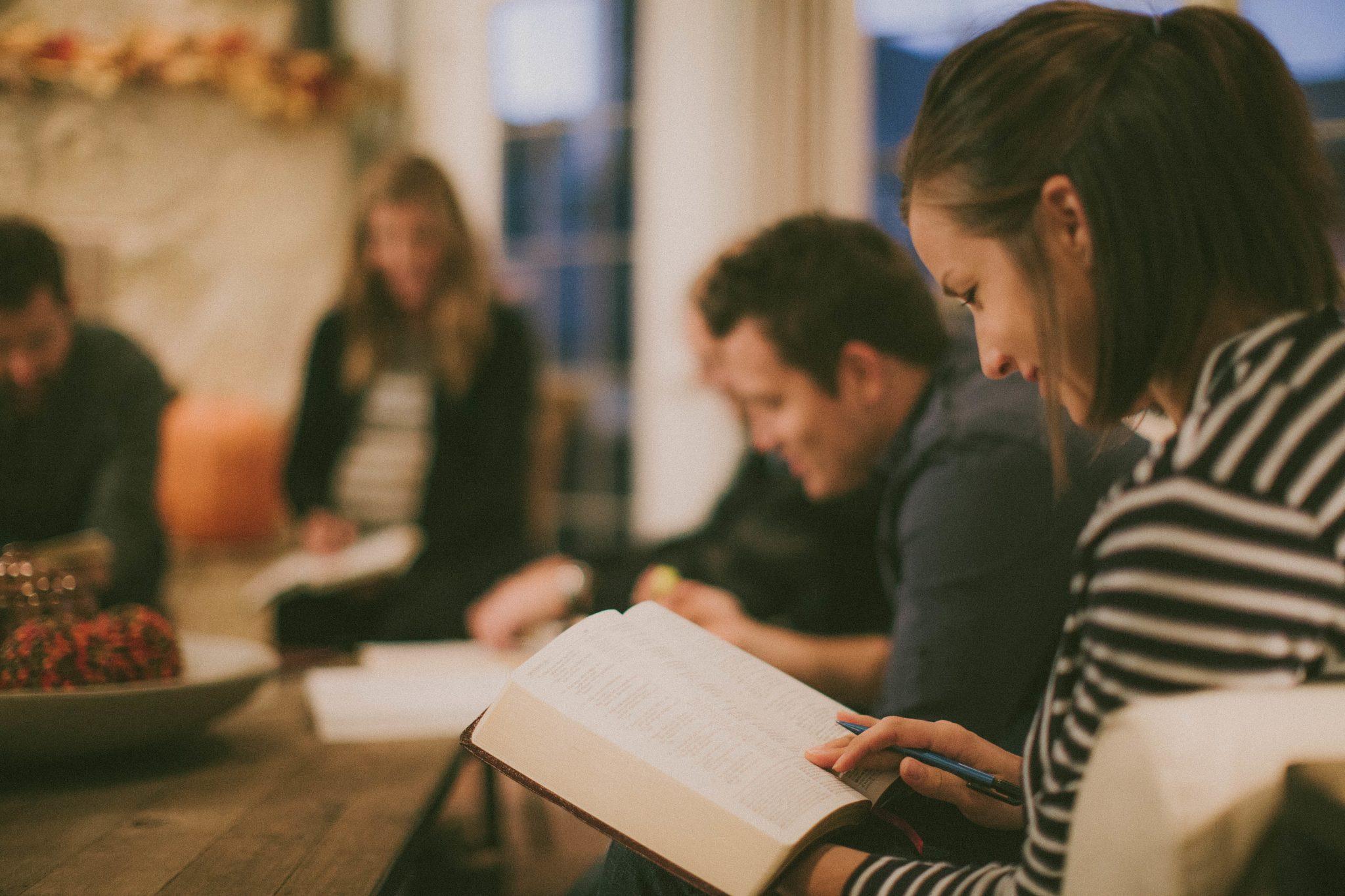 Piccoli gruppi per la comunione fraterna, la fede e la missione